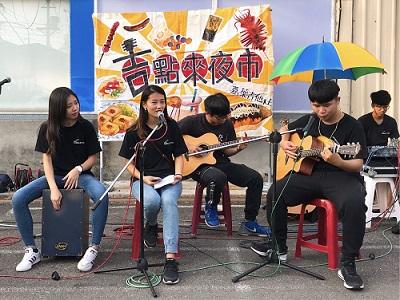 「分享歌聲、分享愛!」 嘉南藥理大學吉他社夜市走唱募愛心